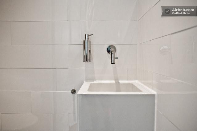 Wasbak en tegelwerk wc all in bouw engelenberg